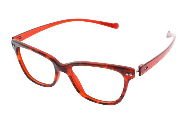 """Gli occhiali iGreen sono facilmente personalizzabili: questo modello ha il frontale rosso """"animalier"""" e le aste rosse"""