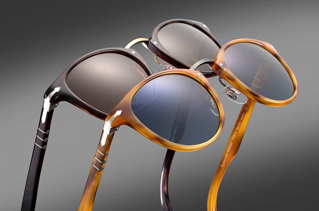 """Le montature da sole della collezione """"Typewriter Edition"""" degli occhiali Persol"""