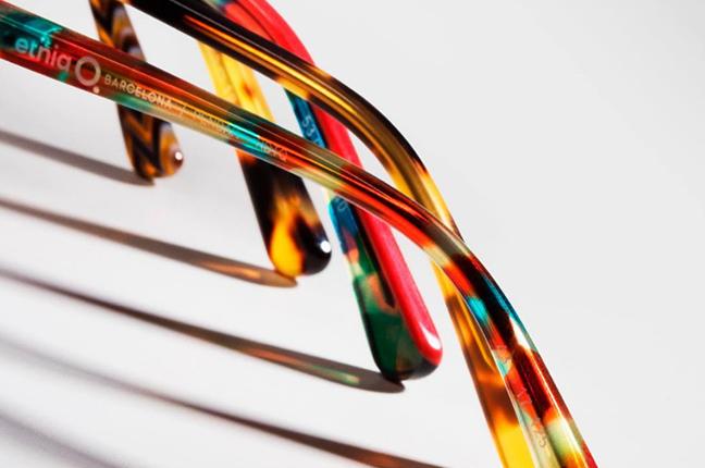 I modelli degli occhiali Etnia Barcelona sono l'esaltazione del colore