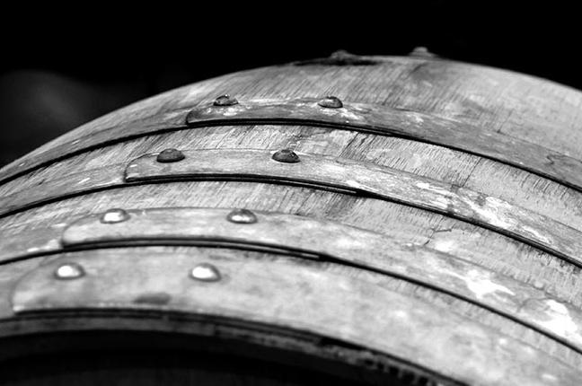 """Una """"barrique"""", botte di legno utilizzata per la stagionatura del vino"""