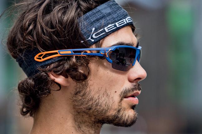 """Un runner indossa il modello """"S'TRACK"""" degli occhiali da sole Cébé"""