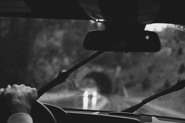 Le lenti Zeiss riducono lo stress per gli occhi e facilitano la visione alla guida, permettendo di arrivare a destinazione in piena sicurezza