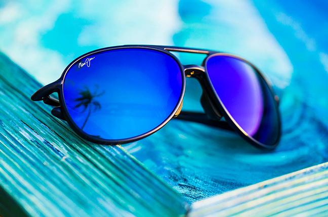 """Il modello """"ALELELE BRIDGE"""" della collezione """"Aviators"""" degli occhiali da sole Maui Jim"""
