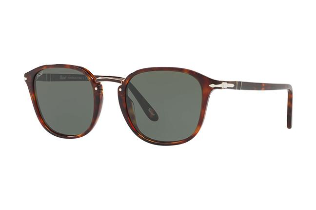 """Il modello da sole """"PO3186S"""" degli occhiali Persol, appartenente alla collezione """"Combo Evolution"""""""