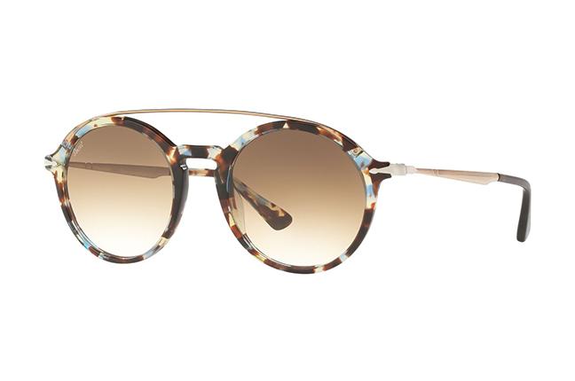 """Il modello da sole """"PO3172S"""" degli occhiali Persol, appartenente alla collezione """"Calligrapher Edition"""""""