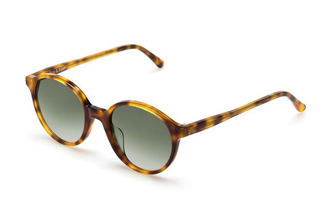 """Il modello """"CAPRI"""" degli occhiali Ross and Brown, nella versione """"DESERT STORM"""""""