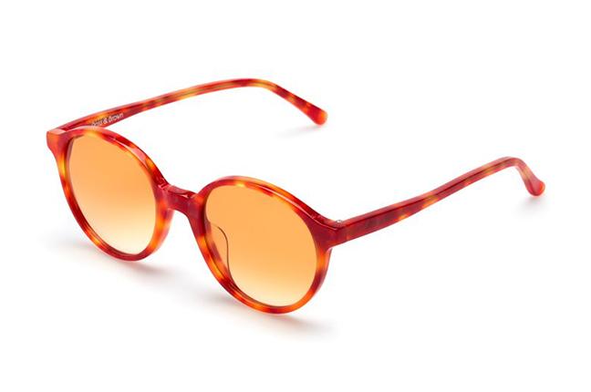 """Il modello """"CAPRI"""" degli occhiali Ross and Brown, nella versione """"ORANGE SHAKE"""""""