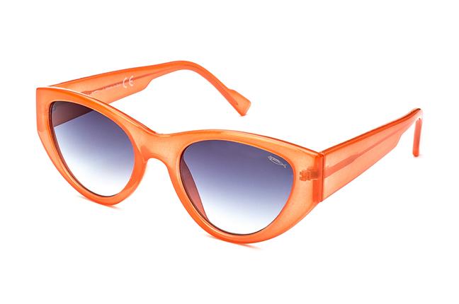 """Il modello """"ADA"""" degli occhiali Saraghina, nella versione """"CORALLO - LENTE SFUMATA GRIGIA"""""""