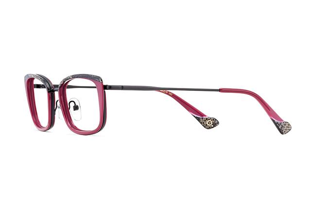 """Il modello """"ALMA"""" della collezione """"ORIGINALS"""" degli occhiali Etnia Barcelona"""