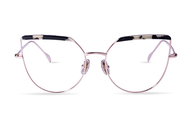 """Il modello """"Oprah"""" degli occhiali JPlus, nella versione """"vista"""""""