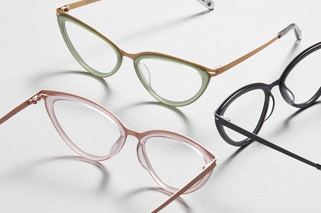 """Tre modelli degli occhiali Modo, appartenenti alla collezione """"PAPER-THIN ACETATE"""""""