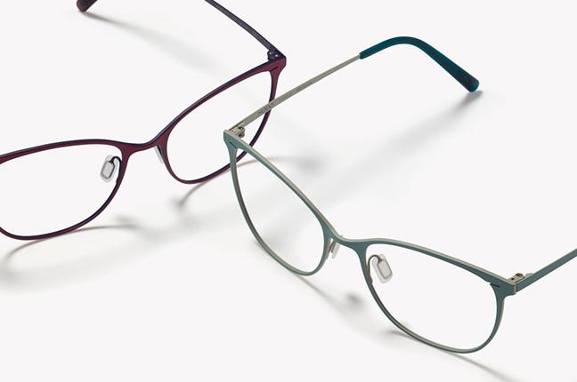 """Due modelli degli occhiali Modo, appartenenti alla collezione """"BLOCK TITANIUM"""""""