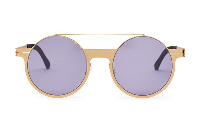 """Il modello """"MAESTRO"""" degli occhiali Roundten, nella versione """"Gold Flextal & Black Lenses"""""""