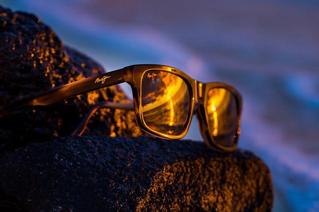 """Il modello """"WAIPIO VALLEY"""" degli occhiali da sole (da uomo) Maui Jim"""