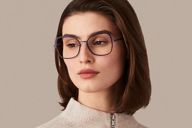 """Alma Loewe indossa occhiali Modo appartenenti alla collezione """"PAPER-THIN"""""""