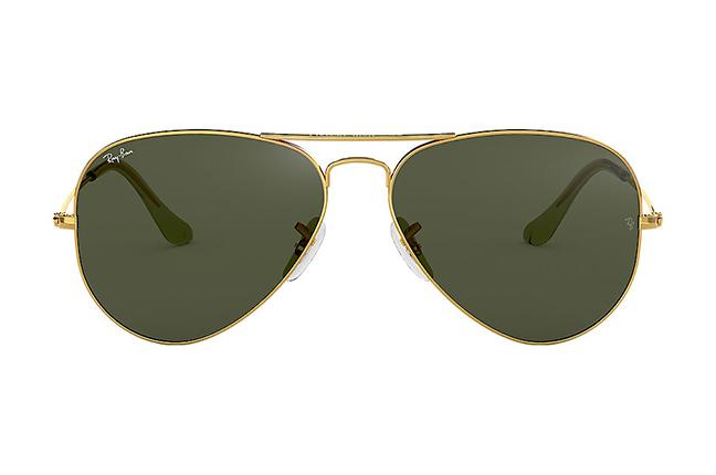 """Il modello """"AVIATOR CLASSIC"""" degli occhiali da sole Ray-Ban"""