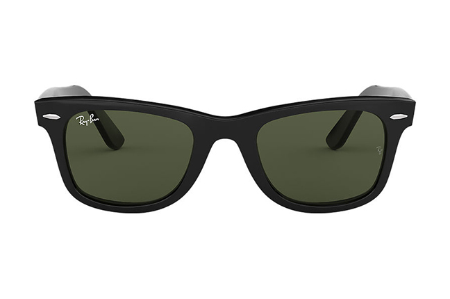 """Il modello """"ORIGINAL WAYFARER CLASSIC"""" degli occhiali da sole Ray-Ban"""