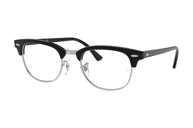 """Il modello """"CLUBMASTER OPTICS"""" degli occhiali da vista Ray-Ban"""