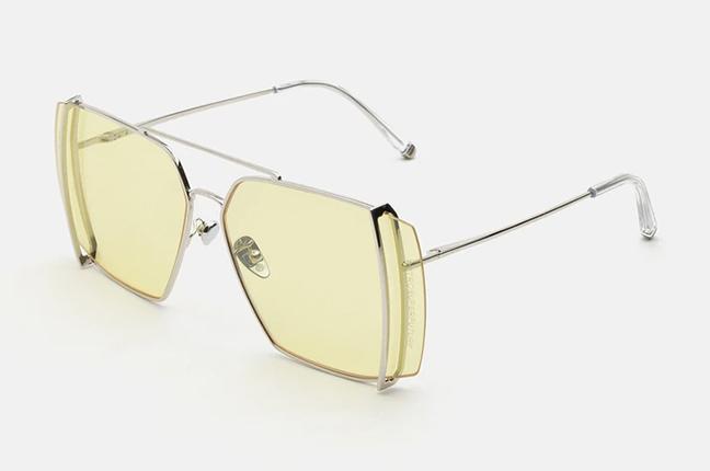 """Il modello """"Teorema Yellow"""" degli occhiali SUPER by Retrosuperfuture®"""