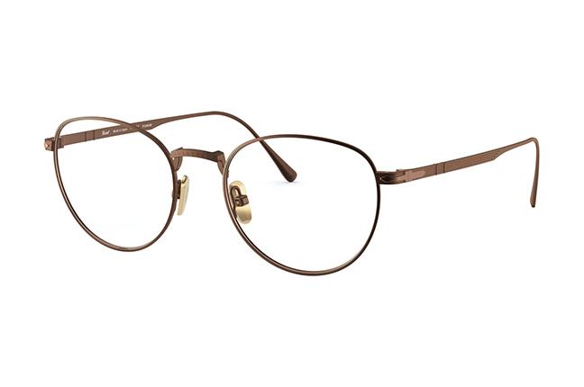 """Il modello """"PO5002VT"""" (bronzo) degli occhiali Persol, appartenente alla collezione """"Titanium"""""""