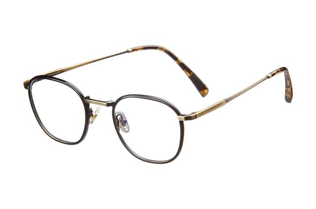 """Il modello """"COBRA-SP"""" degli occhiali Steve McQueen"""
