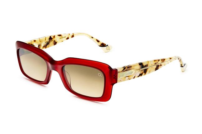 """Il modello """"SOFO SUN"""" degli occhiali da sole Etnia Barcelona"""
