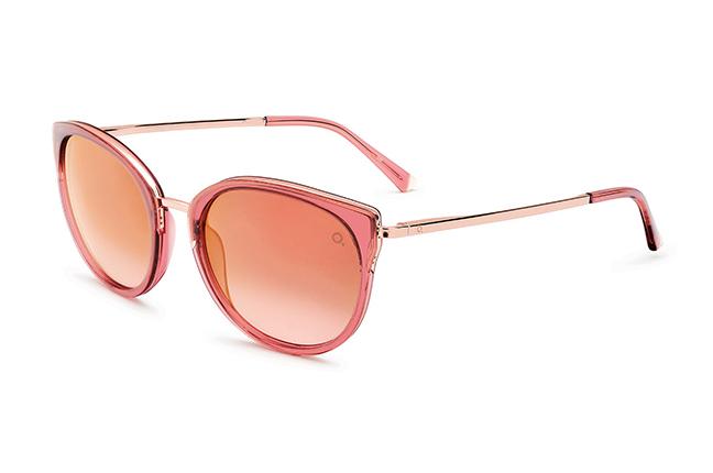 """Il modello """"IFARA SUN 54"""" degli occhiali da sole Etnia Barcelona"""