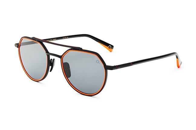 """Il modello """"BLUE SWALLOW SUN"""" degli occhiali da sole Etnia Barcelona"""