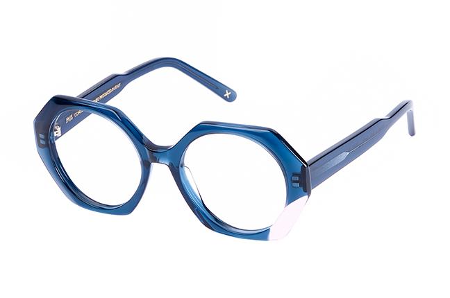 """Il modello """"INDIA"""" degli occhiali da vista JPlus, nella variante colore """"Blu"""""""
