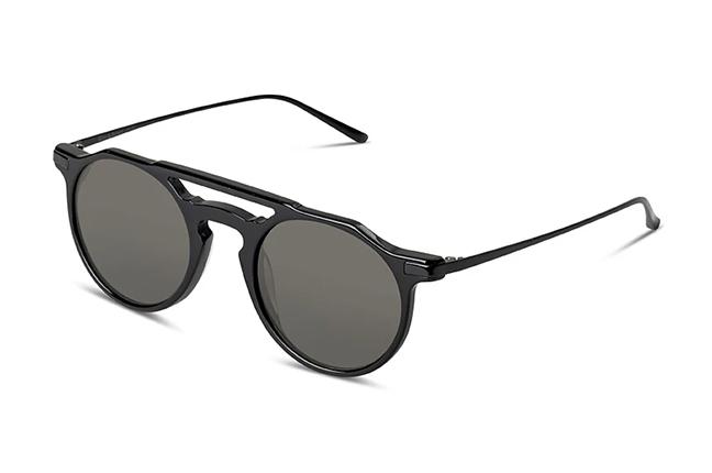 """Il modello """"TOKYO II"""" degli occhiali Ross and Brown, nella versione """"Shiny Black Shiny Black / Classic Green"""""""