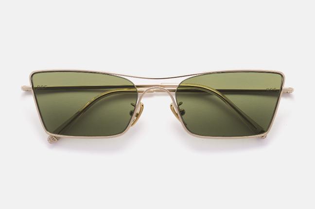 """Il modello """"Meta Gold"""" degli occhiali SUPER by Retrosuperfuture®"""