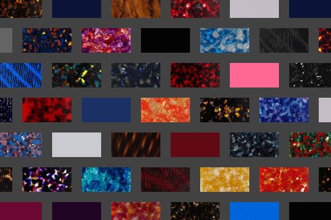 Il configuratore online degli occhiali O-Six Custom permette di scegliere fra +50 colori per il design delle aste; qui un collage delle nuance selezionabili