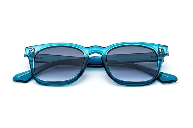 """Il modello """"MICHELANGELO"""" degli occhiali da sole Saraghina, nella versione """"TURCHESE"""""""