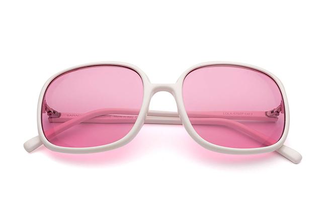 """Il modello """"LOLA"""" degli occhiali da sole Saraghina, nella versione """"BIANCO LUCIDO"""""""