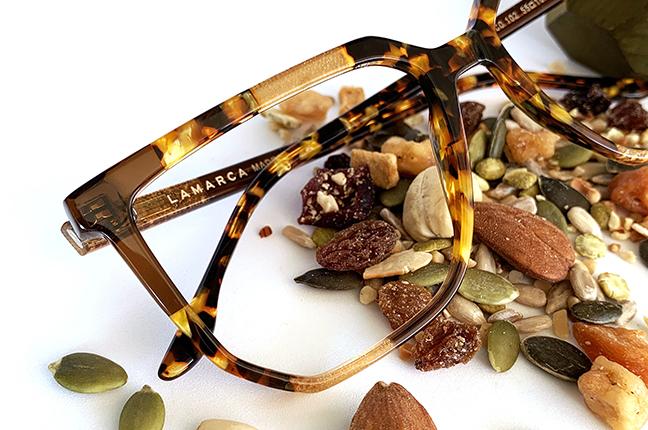 """Il modello """"102"""" degli occhiali Lamarca, appartenente alla collezione """"MOSAICO"""""""